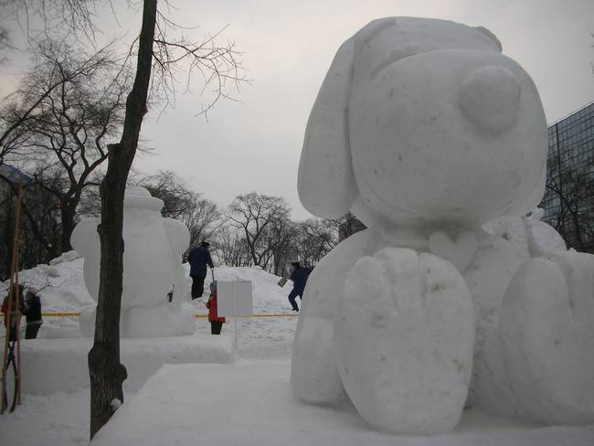 1420032662165673 These 14 Snow Sculptures Give You Something To Look Forward To This Season