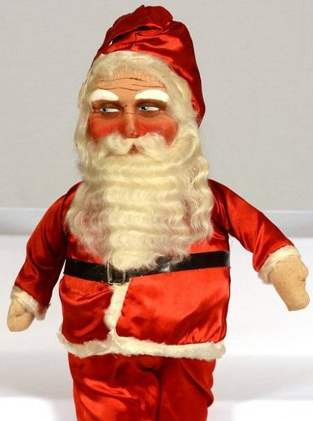 1420033993384627 Here Are The 16 Most Disturbing Santa Ornaments That Were Ever Conceived