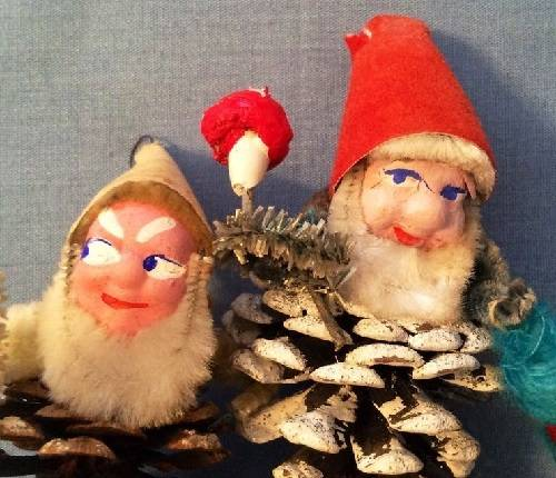 1420033993974924 Here Are The 16 Most Disturbing Santa Ornaments That Were Ever Conceived