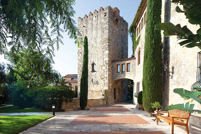 1420036251811636 These 6 European Castles Are Breathtaking...And On The Market?