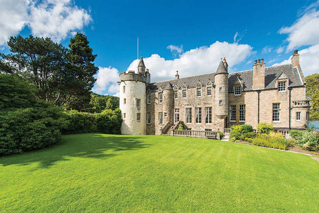 1420036253665879 These 6 European Castles Are Breathtaking...And On The Market?